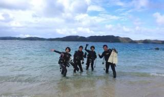 奄美大島 倉崎ビーチにて 16.08.11